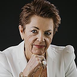 Elizabeth Schnugh