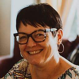 Jana Uhrinová